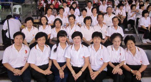 2012大汇演的元极学员大合照。